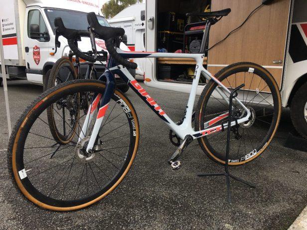 vélo de cyclocross Giant TCX
