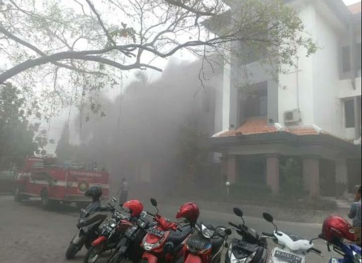 Kebakaran Gedung Rektorat Diduga Akibat Korsleting Listrik