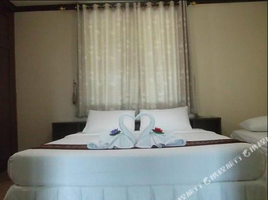 Encore Seaside Residency Pattaya Guest House Price Address