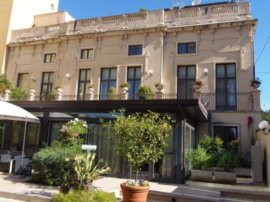 Villa Cibele Catania 5 4 Price Address Reviews