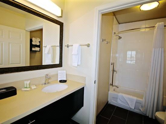 Staybridge Suites Cathedral City Hotel Reviews And Room