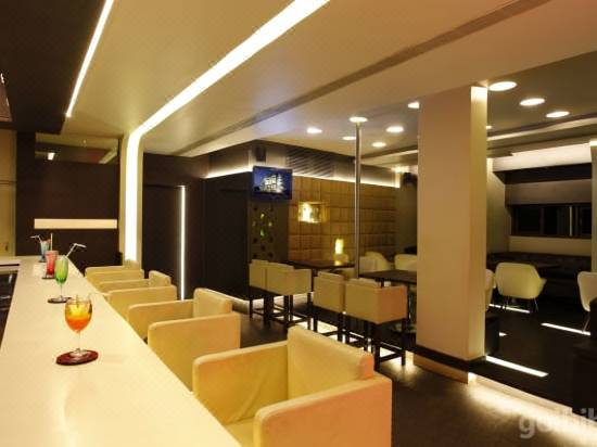 Citrus Hotel Kolhapur Hotel Reviews And Room Rates