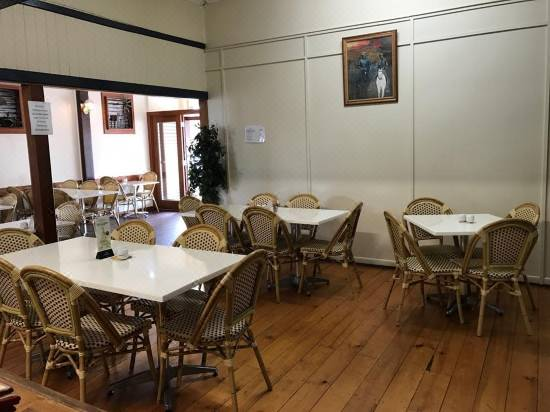 Exchange Hotel Toogoolawah Hotel Reviews And Room Rates