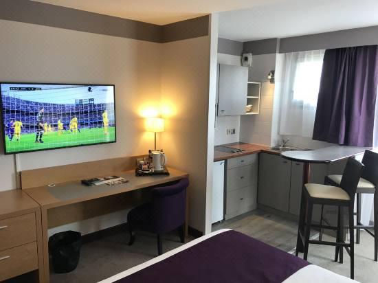 Mercure Toulouse Aeroport Golf De Seilh Hotel Reviews And