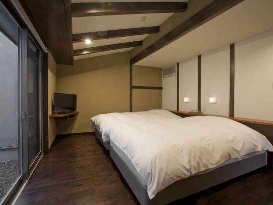 Gahama Terrace Hotel Reviews And Room Rates