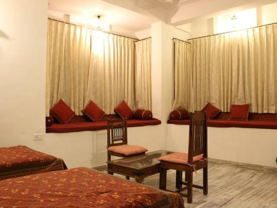 V Resorts Adhbhut Jaipur Hotel Reviews And Room Rates