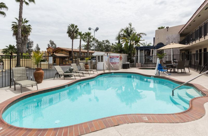 Econo Lodge Inn Suites Escondido Downtown Hotel Reviews
