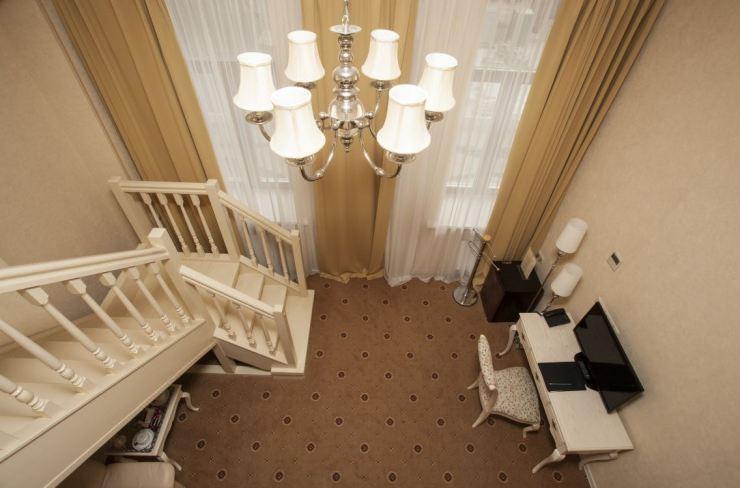 모스크바 숙소 호텔 푸시킨 복층 객실