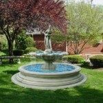 Нашенци правят фонтани и водопади до къщите