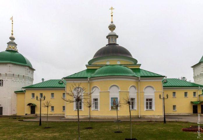 Церковь свт. Димитрия Ростовского Николо-Пешношского монастыря
