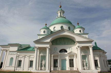 Южный фасад Димитриевского храма
