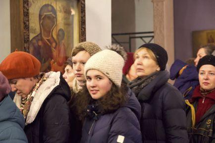 Праздничное богослужение в день памяти свт. Димитрия Ростовского в Спасо-Яковлевском монастыре