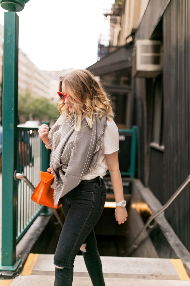 pipmegan.com | Southern Style | Street Style | Black Jeans and Tee