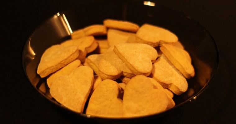 Paprasti sausainiai su apelsino žievele