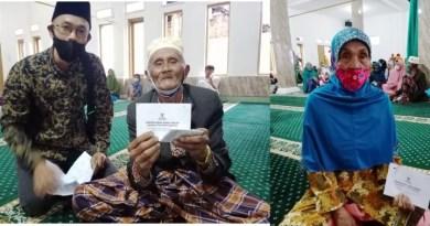 Ratusan Yatim Piatu dan Jompo Dhu'afa Terima Santuan Baznas dan UPZ Pemprov Banten