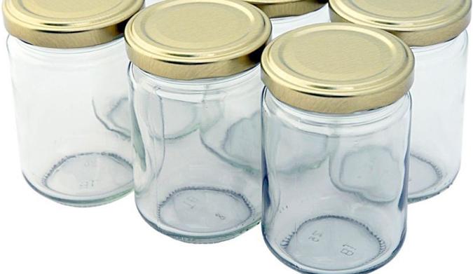 Πώς αποστειρώνουμε τα βάζα;