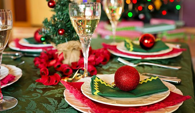 Χριστουγεννιάτικο τραπέζι: γιορτινό & Light