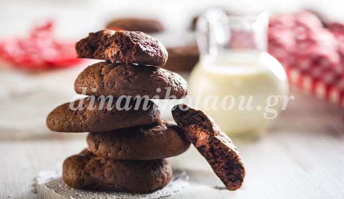 Cookies γεμιστά με πραλίνα