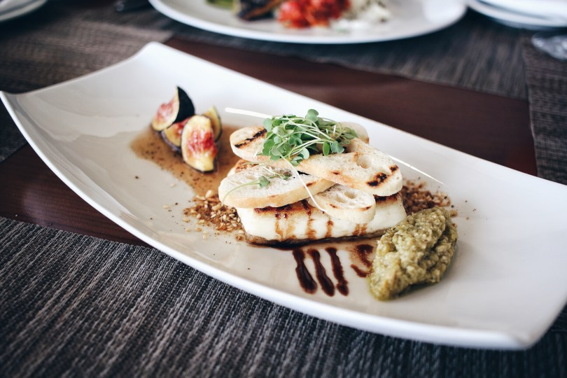 Halloumi cheese with figs