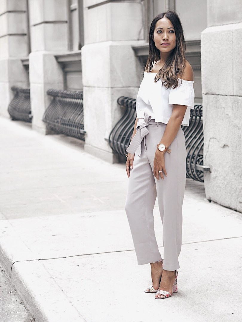 b84f92a69e1 ... Off the shoulder top and grey pants from Aritzia Close-up of white  cotton ...