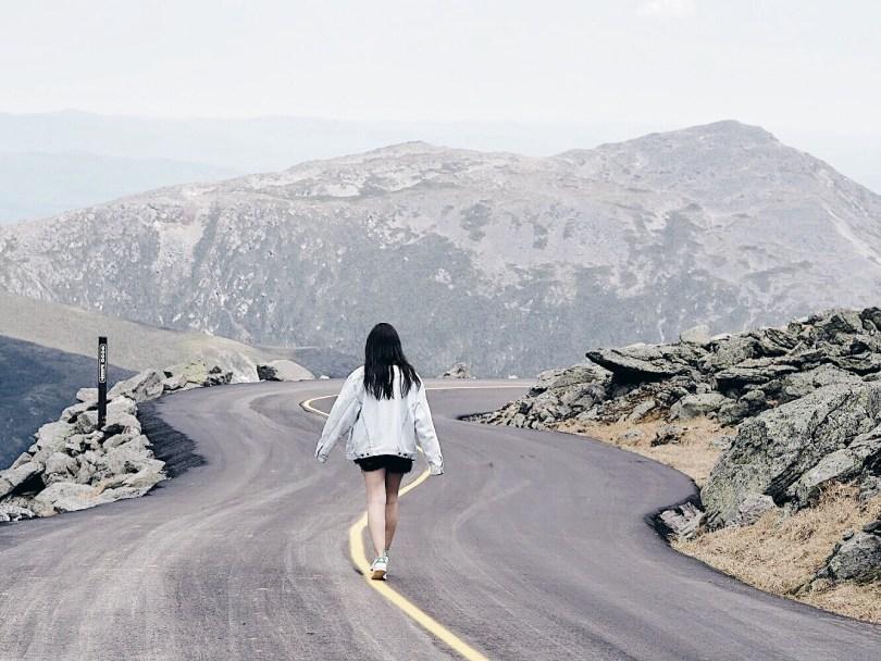 Ver Sepasi walking along Mount Washington auto road