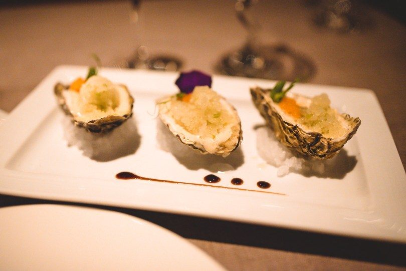 Fresh oysters at Piaf