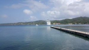 View back to the ship from Maya Key pier
