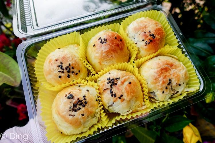 彰化伴手禮 現做現賣的不二坊蛋黃酥(原不二家蛋黃酥),中秋節引發蛋黃酥之亂的必買伴手禮。