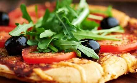 Gluten Free Arugula Pizza Salad