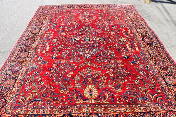 Antique Persian Sarouk Rug SK0017