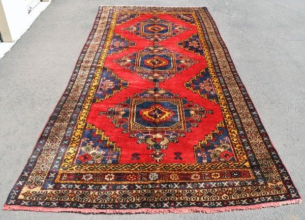 Wide Anatolian Oushak