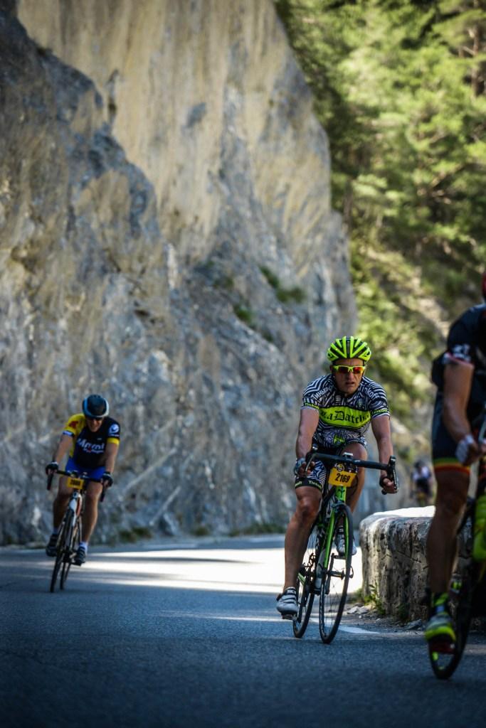 Etape du Tour 2017 - Photo Sportograf - dans les gorges entre Vars et Izoard