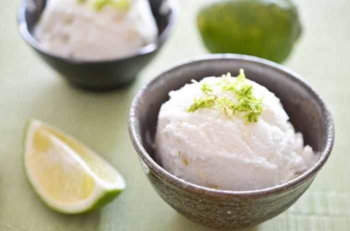 Cách làm kem từ sữa đặc cho ngày hè mát lạnh