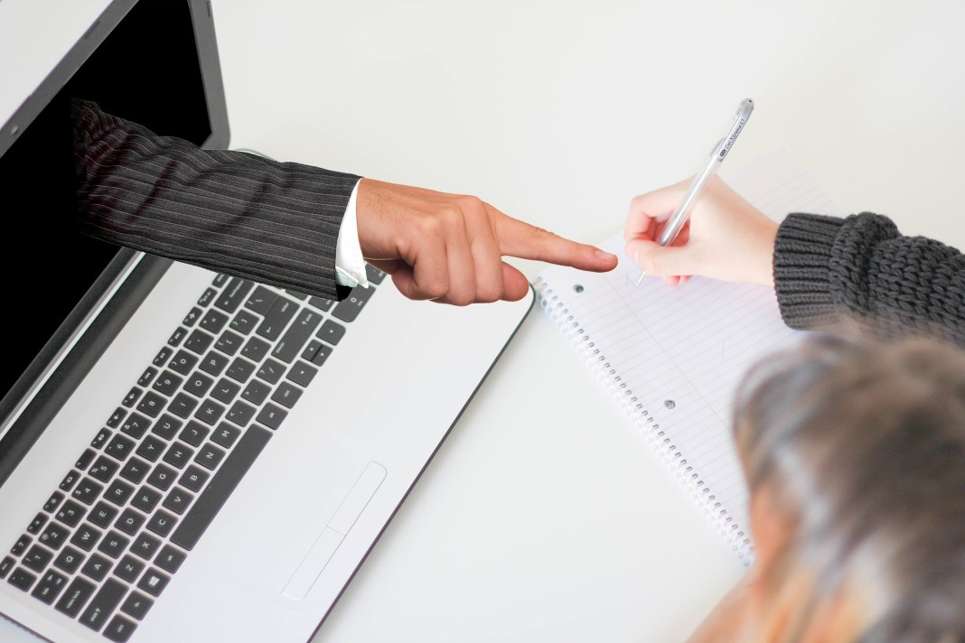 webinar-promovida-pela-uol-edtech-discutira-educacao-corporativa-com-banco-abc