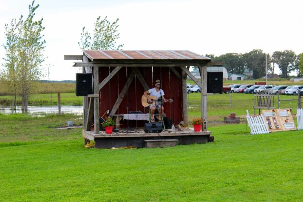 Live Music at Pleasant Grove Pizza Farm