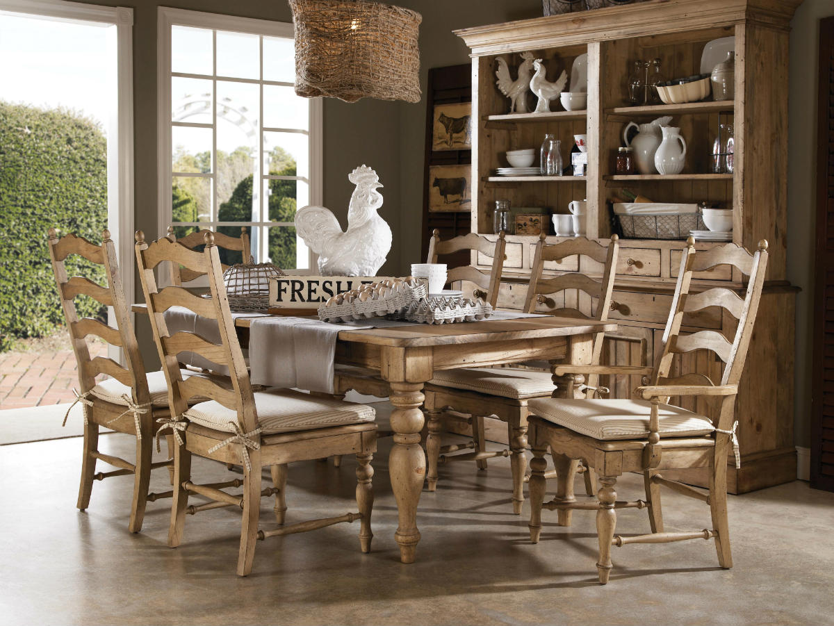 Farmhouse Table And Chairs Set Kincaid Homecoming Solid Wood Farmhouse Leg Dining Table