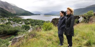 Produced by Tim Haines Loch Ness on Acorn TV_Laura Fraser as Annie Redford, Siobhan Finneran as DCI Lauren Quigley_EPISODE1_15