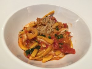 Strozzapreti: crab, sea urchin and basil