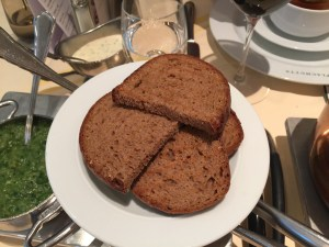 toasted black bread for marrow