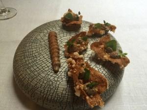 Quinoa and crunchy shrimp with black sesame