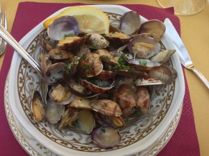 Clams with ginger sauce
