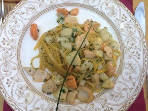 Tagliatelle with white asparagus and scallops