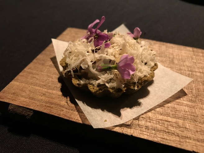 Squid tart made with seaweed, charred squid and a pureee made from dulse