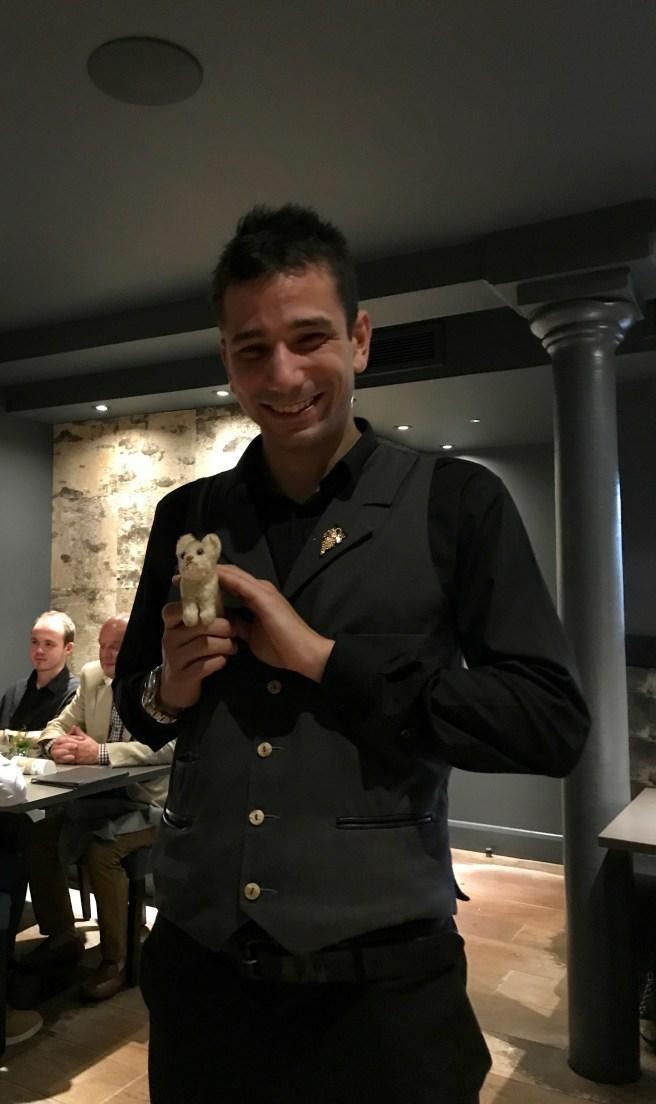 waiter somn