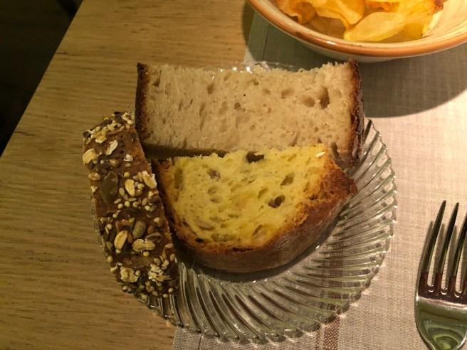 bread serving