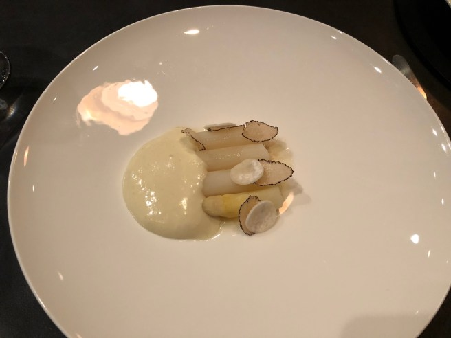 White Aspargus/ Truffle, Walnut