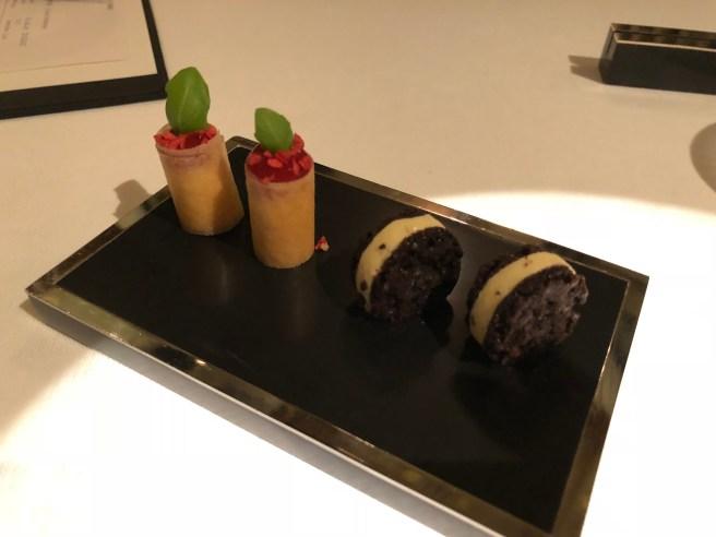 "Strawberry cheesecake with basil/ ""Oreo"""