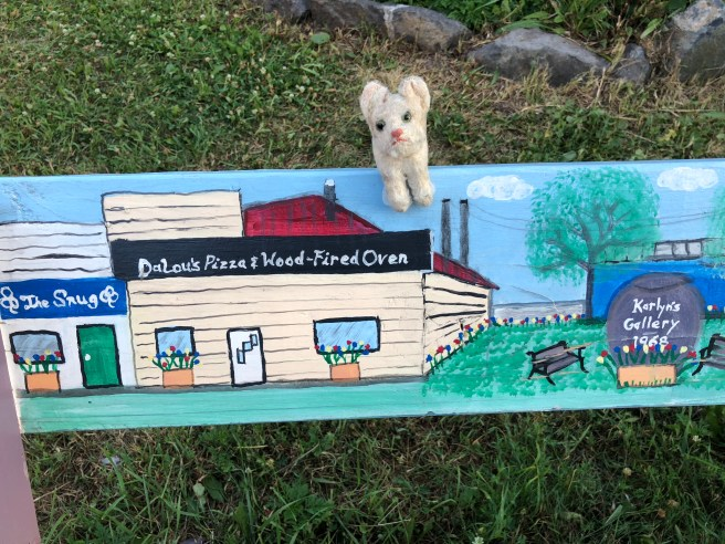 Frankie found DaLou's on the bench