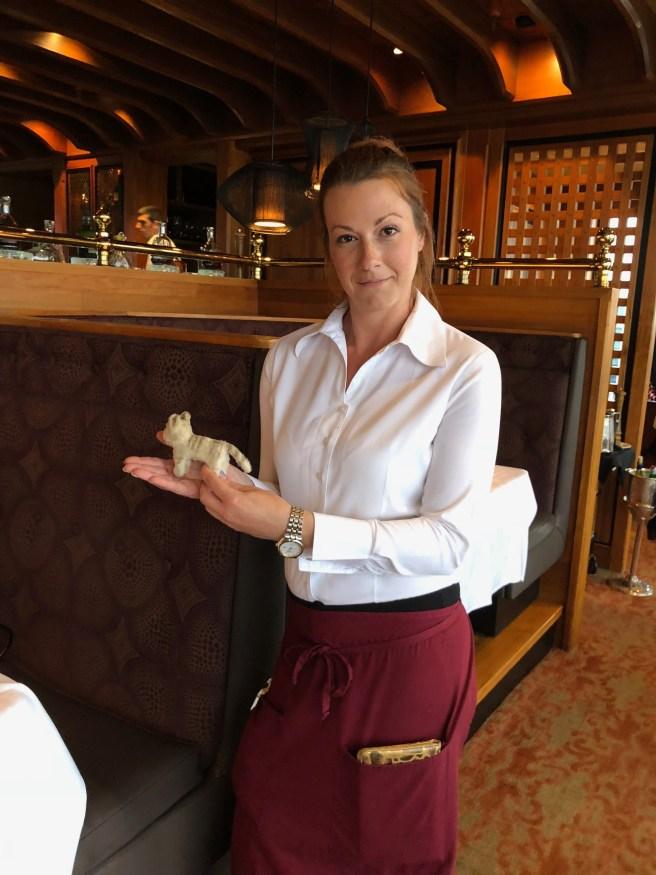 waitress and Frankie