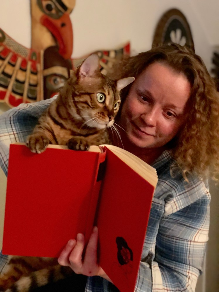 Reading travel fiction with a furry friend